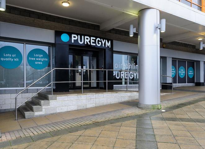 Pure Gym Poole >> Puregym Poole Yoga Studio In Poole Bh12 4ny Om
